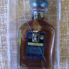 Antigüedades: BOTELLA DE VERMOUTH PERUCCHI GRAN RESERVA. Lote 107615991