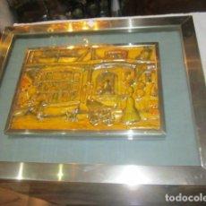Antigüedades: CUADRO CON RELIEVE, ANTON PIECK, CON MARCO DE CRISTAL Y METAL.. Lote 107645531