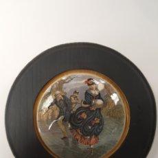 Antigüedades: PATINAJE. ANTIGUA TAPA INGLESA DE PORCELANA ORIGINARIAMENTE PARA BOTES. ENMARCADA. Lote 107716118