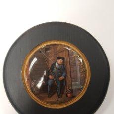Antigüedades: ON GUARD. ANTIGUA TAPA INGLESA DE PORCELANA ORIGINARIAMENTE PARA BOTES. ENMARCADA. Lote 107718482