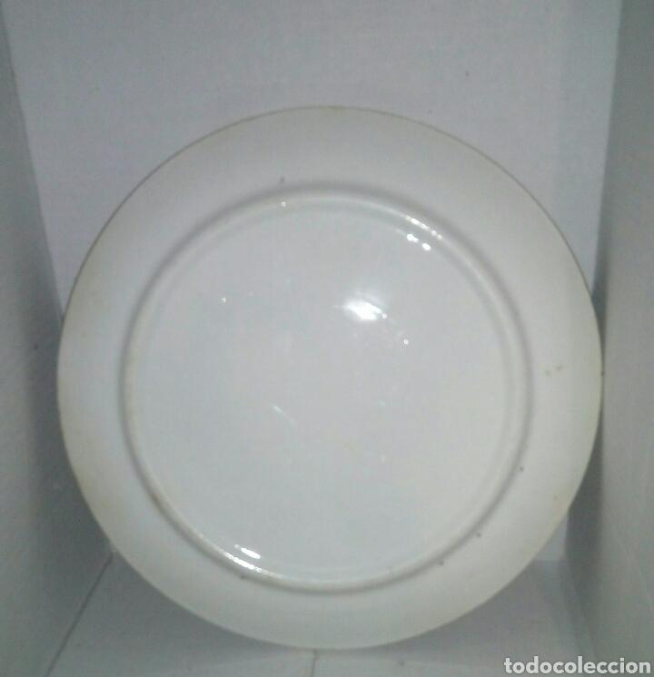 Antigüedades: Antiguo plato porcelana filo oro - Foto 2 - 107771702