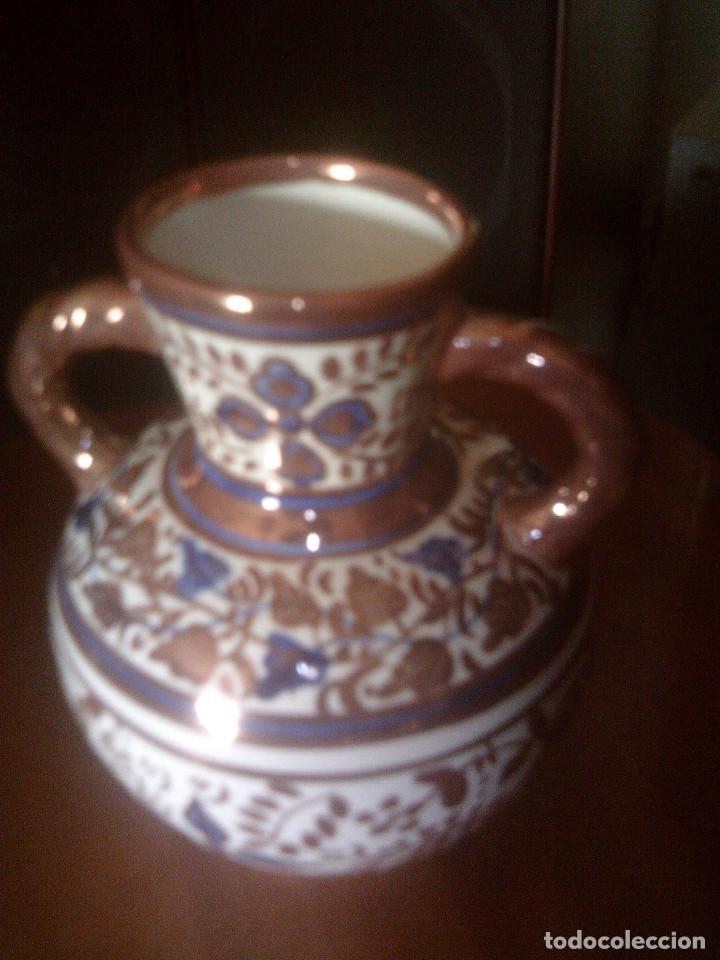 JARRON - ANFORA CERAMICA REFLEJOS DE MANISES, FIRMADA GIMENO RIOS (Antigüedades - Porcelanas y Cerámicas - Manises)