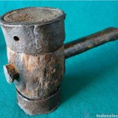 Antigüedades: ANTIGUO MAZO MAZA DE CARPINTERO NAVAL CON VIROLAS EN HIERRO DE FORJA S. XVIII-XIX. Lote 107835051