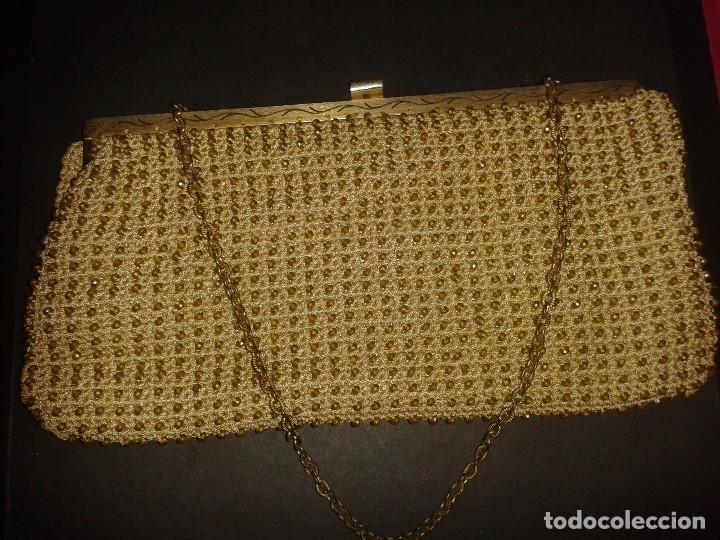 Antigüedades: Bolso de mano dorado diseño art deco años 40-50, antiguo s XX - Foto 2 - 107851895