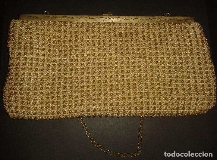 Antigüedades: Bolso de mano dorado diseño art deco años 40-50, antiguo s XX - Foto 3 - 107851895