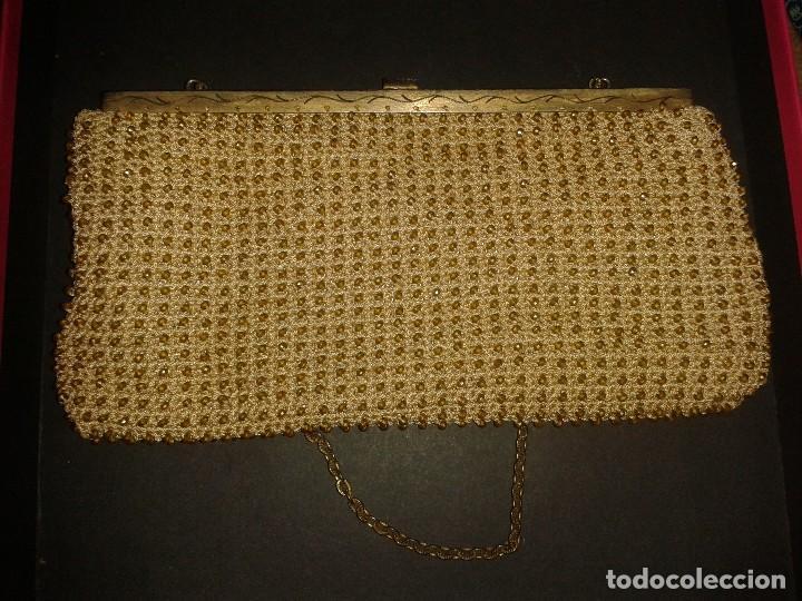 Antigüedades: Bolso de mano dorado diseño art deco años 40-50, antiguo s XX - Foto 4 - 107851895