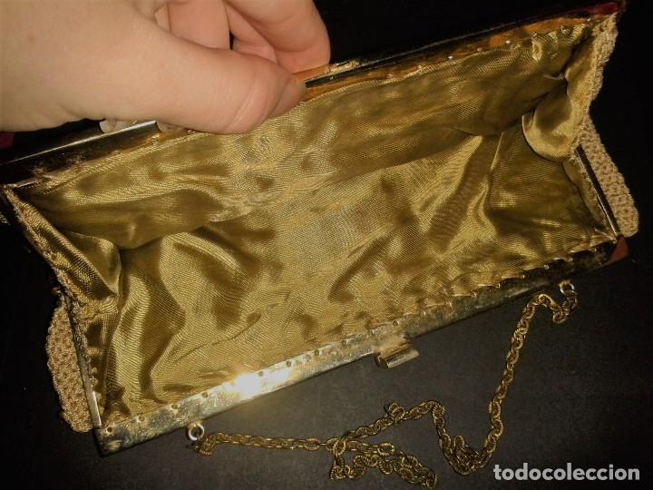 Antigüedades: Bolso de mano dorado diseño art deco años 40-50, antiguo s XX - Foto 6 - 107851895