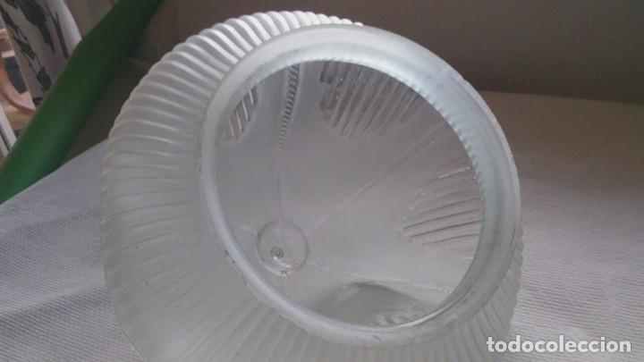 Antigüedades: TULIPA DE CRISTAL TALLADO I AL ACIDO PARA LAMPARA - Foto 5 - 107870911