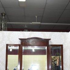 Antigüedades: ANTIGUO ESPEJO TRÍPTICO DE MADERA Y MARQUETERÍA. Lote 107874387