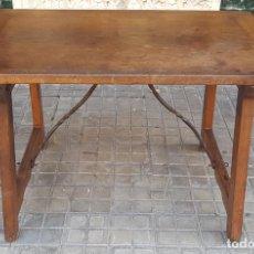 Antigüedades: MESA CASTELLANA. MADERA DE NOGAL. ESPAÑA. SIGLO XVIII-XIX. . Lote 107909131