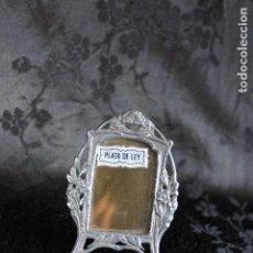 Antigüedades: PEQUEÑO MARCO PORTAFOTOS EN MINIATURA PLATA DE ESTILO MODERNISTA. Lote 107910547