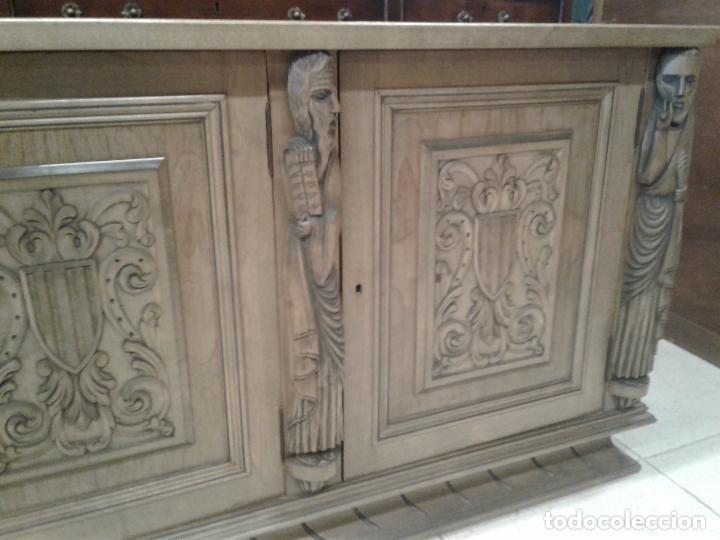 Antigüedades: Increíble Buffet aparador de talla oriental. - Foto 3 - 107977327