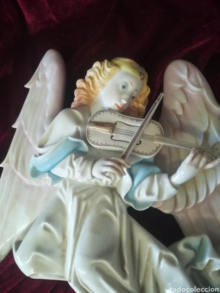 Antigüedades: Pareja ángeles músicos porcelana algora en perfecto estado - Foto 4 - 112960463
