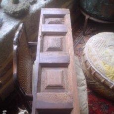 Antigüedades: ANTIGUA CONTRA O MOLDURA O RESTO DE ALTAR CON CUARTERONES XVIII. Lote 107991139