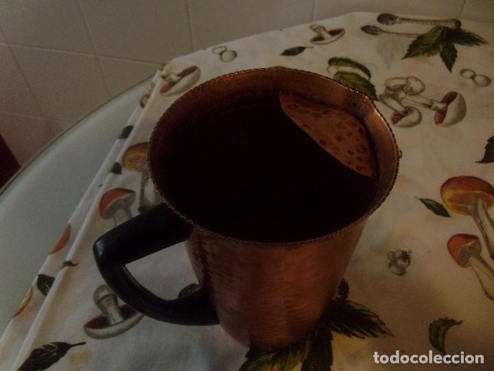 Antigüedades: JARRA DE ALUMINIO ANODIZADO - Foto 2 - 108225099
