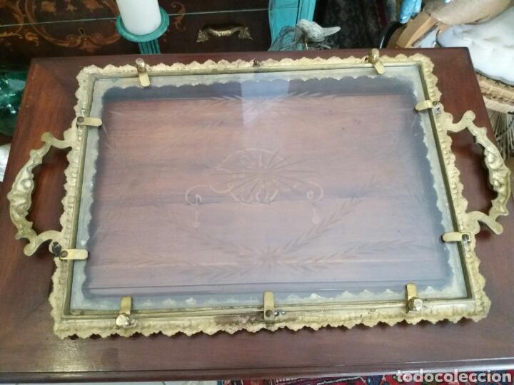 Antigüedades: BANDEJA DE BRONCE Y CRISTAL TALLADO - Foto 5 - 108234824