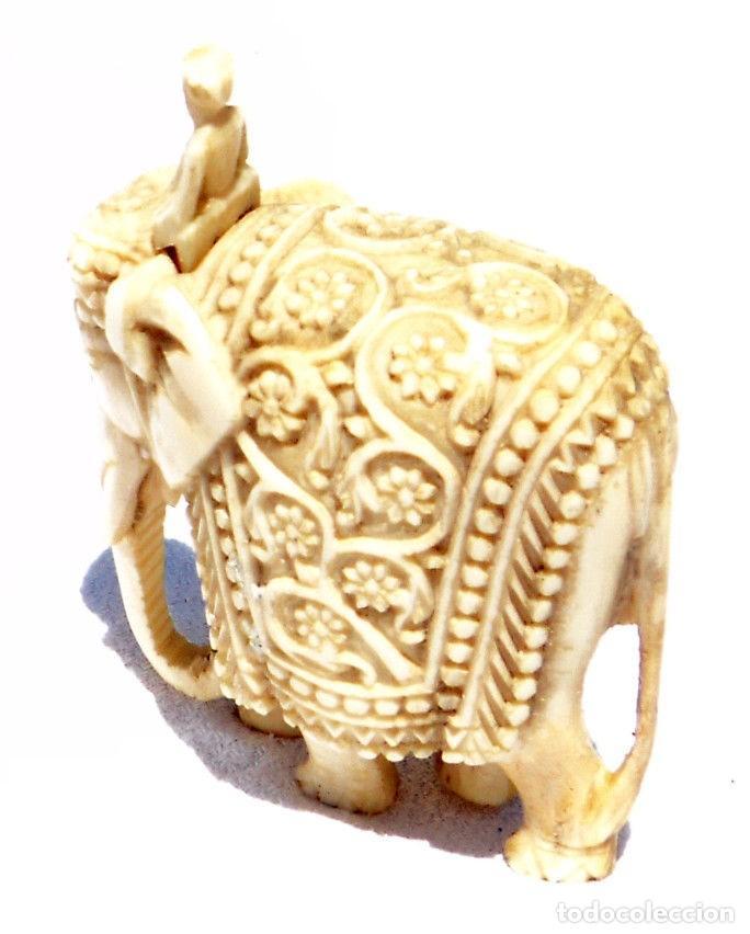 Antigüedades: ESPECTACULAR ANTIGUO ELEFANTE DE MARFIL MINIATURA Y JINETE GUIA CONDUCTOR MAHOUT CORNACA HINDU INDIO - Foto 2 - 108278295