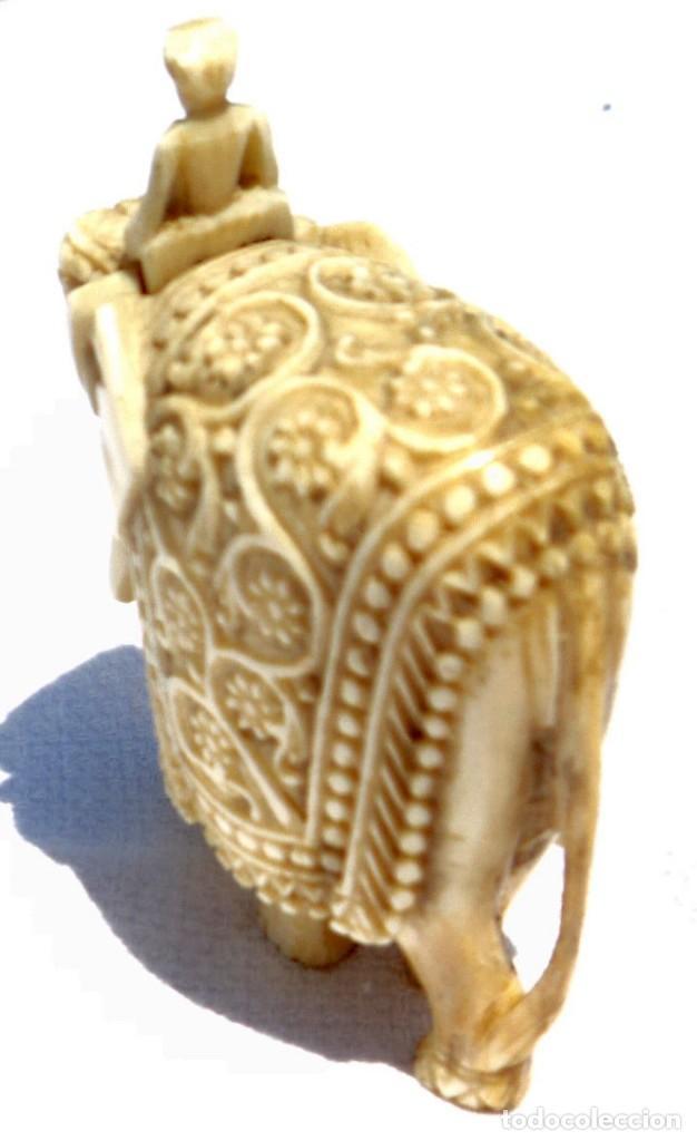 Antigüedades: ESPECTACULAR ANTIGUO ELEFANTE DE MARFIL MINIATURA Y JINETE GUIA CONDUCTOR MAHOUT CORNACA HINDU INDIO - Foto 4 - 108278295