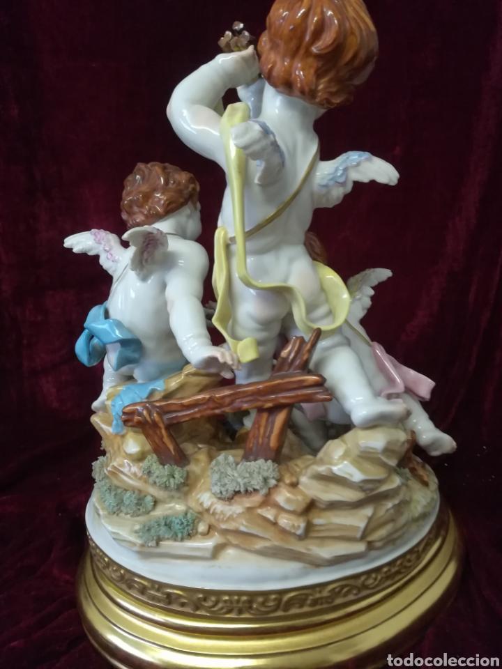 Antigüedades: Grupo la fogata porcelana algora en perfecto estado, con peana - Foto 5 - 108310584