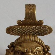 Antigüedades: PORTAVELAS EN BRONCE . Lote 108321135