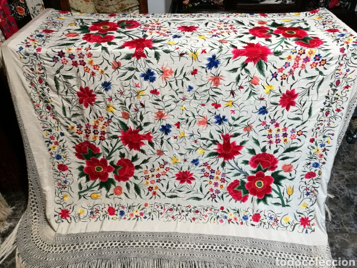 Antigüedades: Maravilloso mantón antiguo de tulipanes - Foto 2 - 108458422