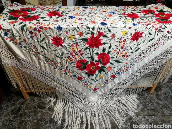 Antigüedades: Maravilloso mantón antiguo de tulipanes - Foto 5 - 108458422