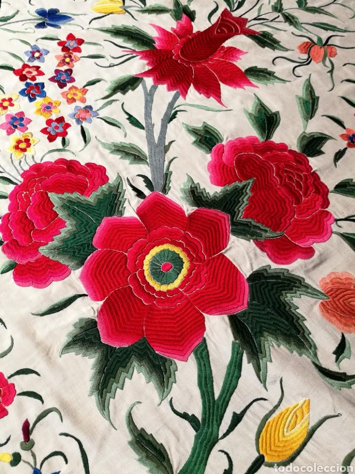 Antigüedades: Maravilloso mantón antiguo de tulipanes - Foto 7 - 108458422