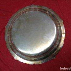 Antigüedades: FUENTE DE METAL PLATEADO. Lote 108707811