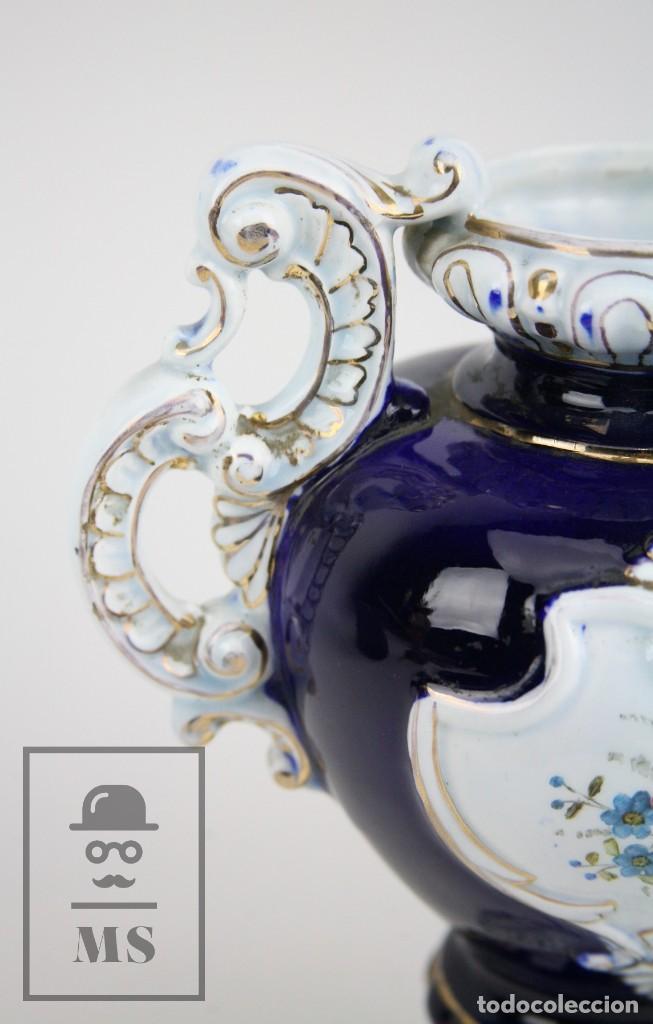 Antigüedades: Jarrón Porcelana Vidriada Botet Mas - Decoración Pintada a Mano - Azul Cobalto - Primera Mitad S. XX - Foto 3 - 108708387