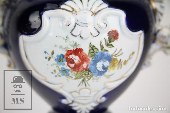 Antigüedades: Jarrón Porcelana Vidriada Botet Mas - Decoración Pintada a Mano - Azul Cobalto - Primera Mitad S. XX - Foto 4 - 108708387