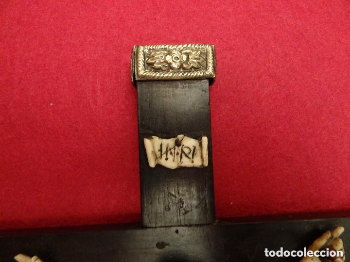 Antigüedades: Crucifijo siglo XVIII, hueso. cruz, cristo jesucristo capìlla cristal - Foto 3 - 108771307