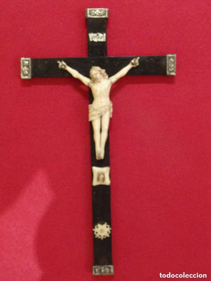 Antigüedades: Crucifijo siglo XVIII, hueso. cruz, cristo jesucristo capìlla cristal - Foto 7 - 108771307