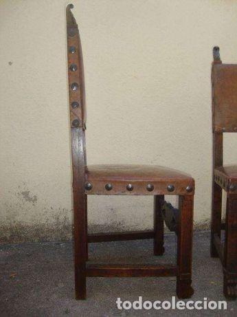 Antigüedades: 2 - Sillas de Cuero con clavos de metal, antiguas en muy buen estado - 1940 - Foto 10 - 108825315