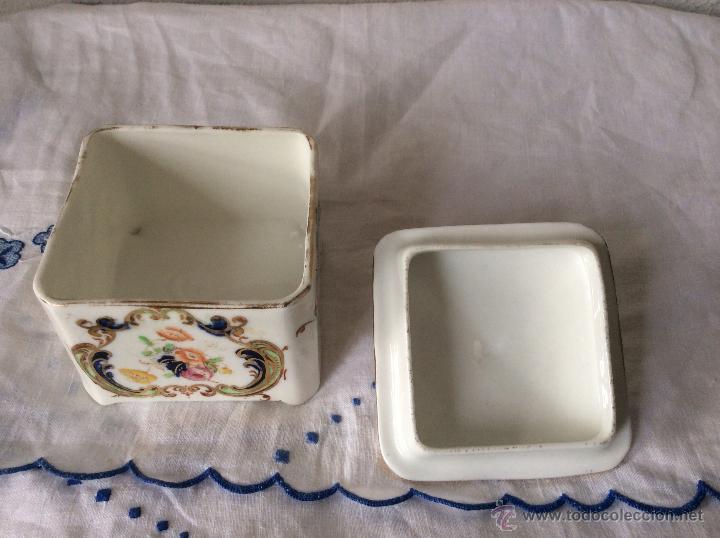 Antigüedades: Antigua cajita en Porcelana Francesa de principios de siglo?ideal coleccionistas - Foto 3 - 108834623