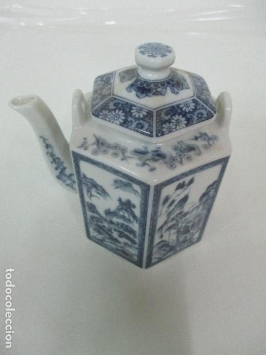 Antigüedades: Bonita Cafetera China - Porcelana - con Decoración Oriental - S. XX - Foto 2 - 108907535
