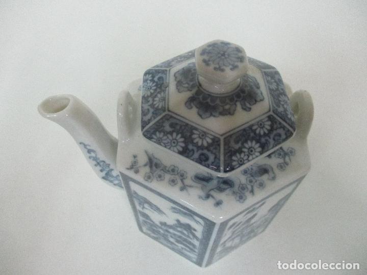 Antigüedades: Bonita Cafetera China - Porcelana - con Decoración Oriental - S. XX - Foto 7 - 108907535
