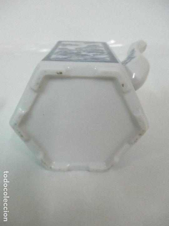 Antigüedades: Bonita Cafetera China - Porcelana - con Decoración Oriental - S. XX - Foto 15 - 108907535