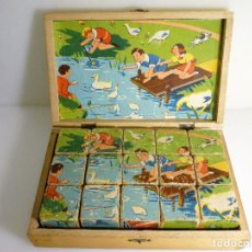 Antigüedades: PUZLE ROMPECABEZAS DE 15 CUBOS DE MADERA CON 6 ESCENAS INFANTILES DE MEDIADOS DE SIGLO. Lote 108913815
