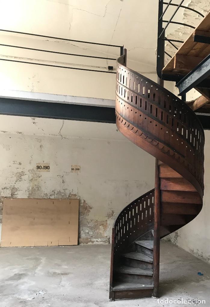 escalera caracol madera de mobila vieja - Comprar Antigüedades ...