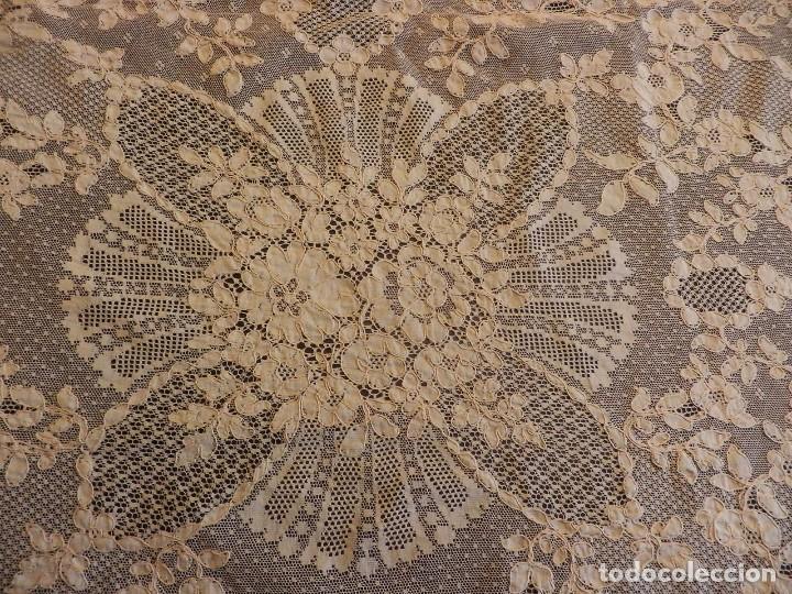 Antigüedades: Fantástico panel, mantelería mantel cubre mesa u otros usos en Alençon antiguo. Años 20. - Foto 7 - 108981807