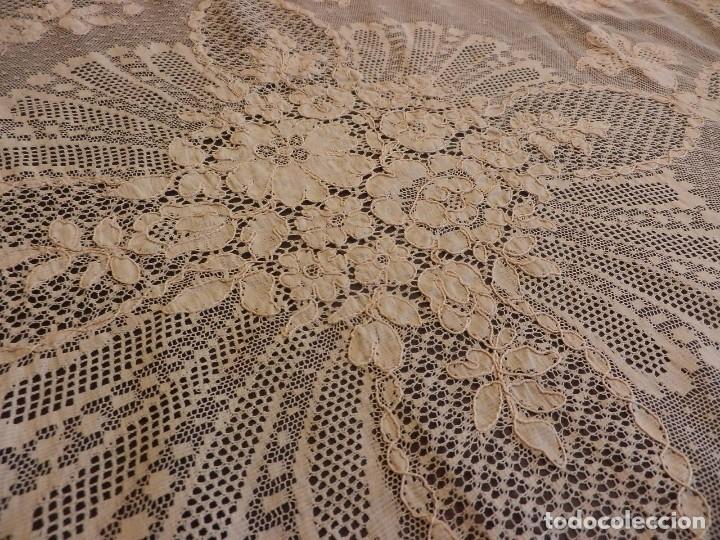 Antigüedades: Fantástico panel, mantelería mantel cubre mesa u otros usos en Alençon antiguo. Años 20. - Foto 11 - 108981807