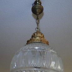 Antigüedades: LAMPARA GLOBO DE CRISTAL PRENSADO EN RELIEVE.. Lote 114114698