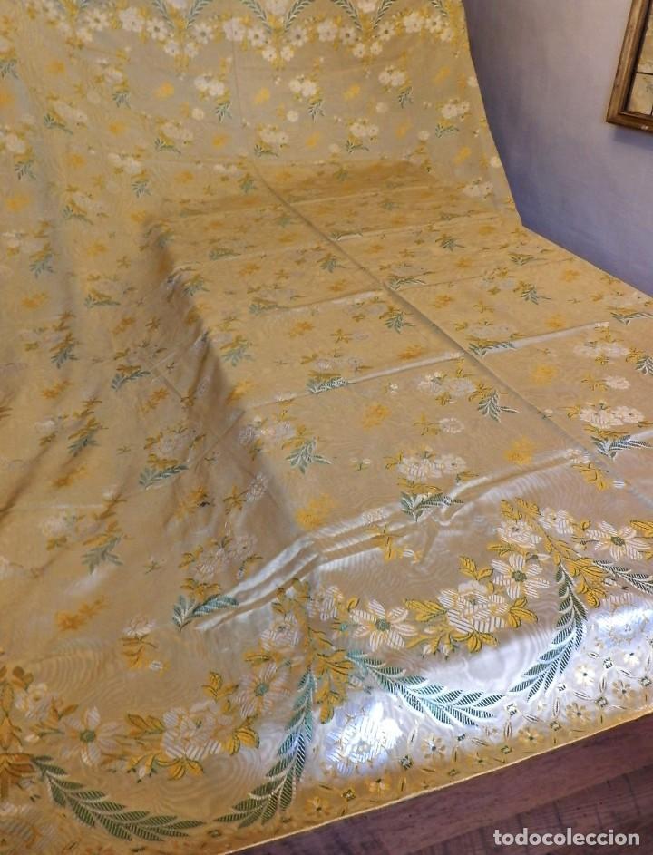 Antigüedades: Preciosa colcha de seda brocada oro viejo verde agua, años 1900 - Foto 3 - 108982715
