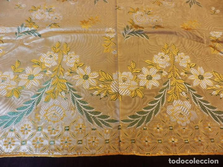 Antigüedades: Preciosa colcha de seda brocada oro viejo verde agua, años 1900 - Foto 5 - 108982715