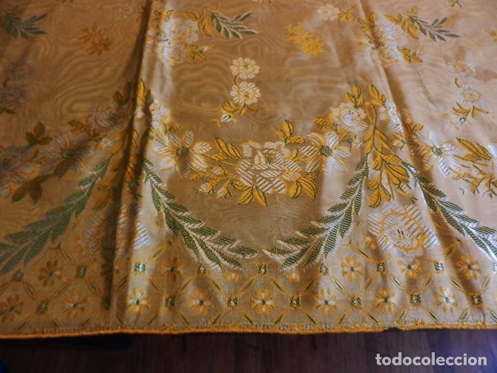 Antigüedades: Preciosa colcha de seda brocada oro viejo verde agua, años 1900 - Foto 11 - 108982715