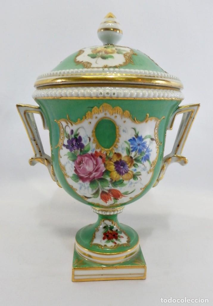 TIBOR EN PORCELANA SEVRES AÑO 1753. ALTA COLECCIÓN EN PORCELANA. (Antigüedades - Porcelana y Cerámica - Francesa - Limoges)
