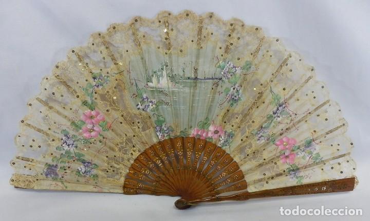 PRECIOSO ABANICO 1880 EN ENCAJE MANUAL DE BRUSELAS PUNTO DE AGUJA. (Antigüedades - Moda - Abanicos Antiguos)
