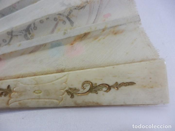 Antigüedades: Precioso abanico 1880 en hueso, pintado a mano, en caja de origen, Bruno Barcelona. - Foto 14 - 108989419