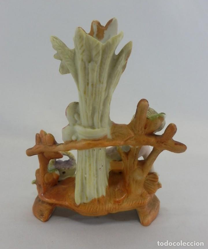 Antigüedades: Bisque de colección, Niña en escena de recolección. s XIX porcelana biscuit figura - Foto 4 - 108991295