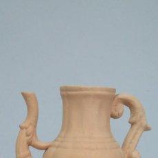 Antigüedades: CURIOSA JARRA SIN VIDRIAR DE TALAVERA. POSIBLEMENTE RUIZ DE LUNA. Lote 109005879
